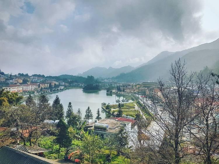 Khách Sạn Sapa Có View Hồ