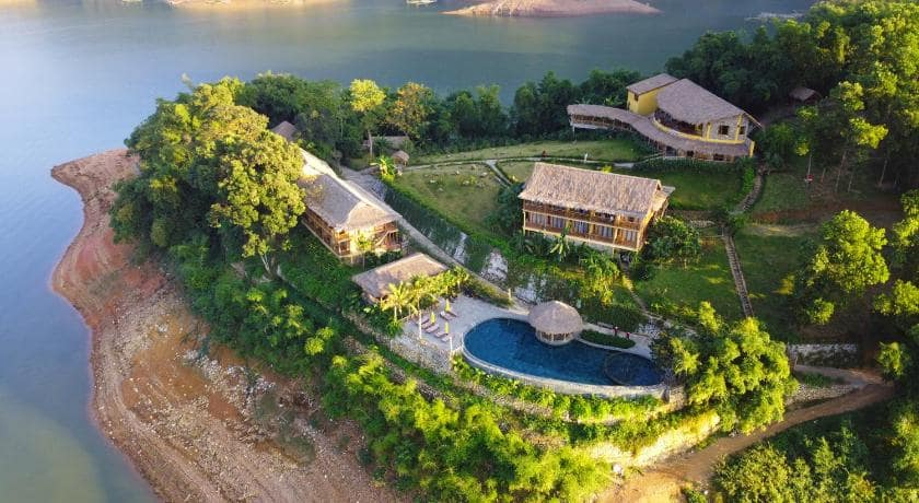 Mai Chau Hideaway resort